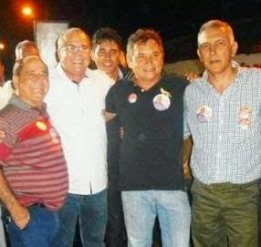 Na ordem: ex-prefeito Miguel Fernandes, Hildo Rocha,  prefeito Edvaldo Nascimento e Jorges Fortes. Grupo Sarney tenta se manter no poder em Vargem Grande pela oposição