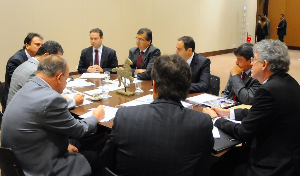 Flávio Dino no Fórum de governadores do Nordeste