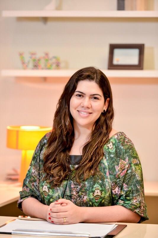 Psicóloga e orientadora profissional, Anna Kelly Frota, dá dicas de como aproveitar a nota do Enem