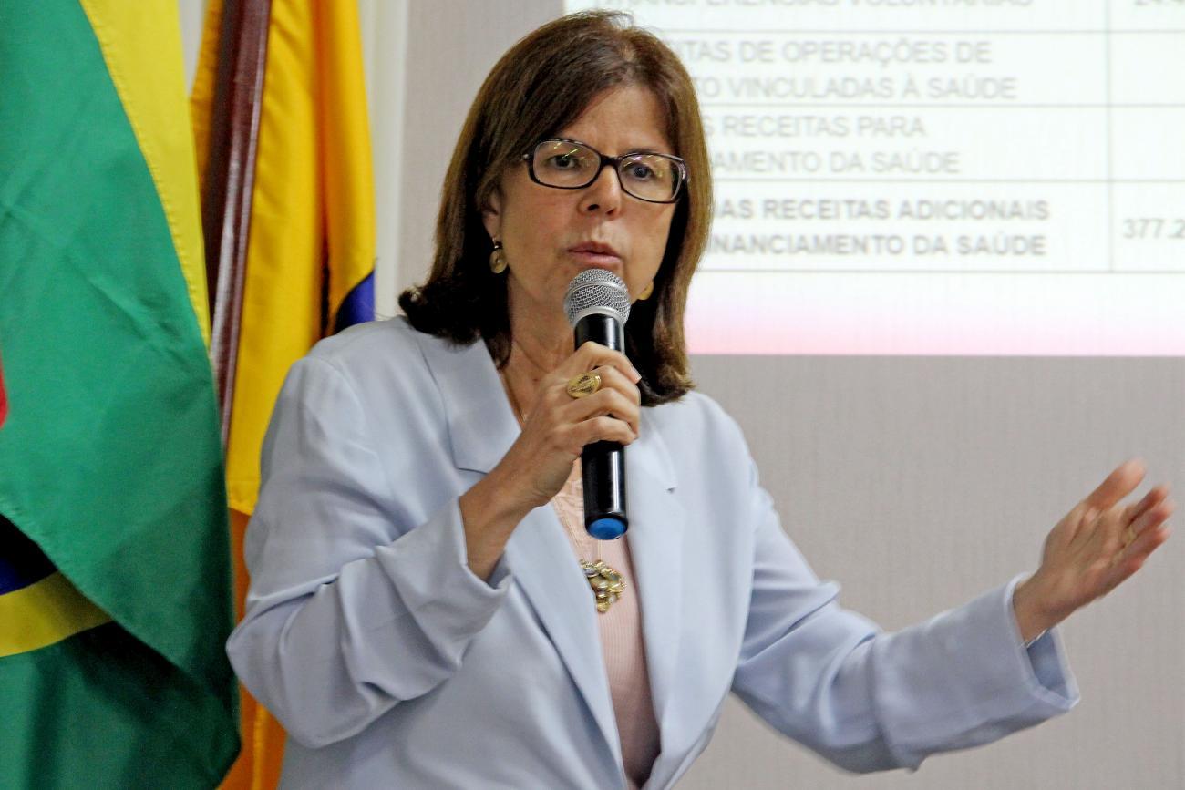 Secretária municipal de Saúde, Helena Duailibe